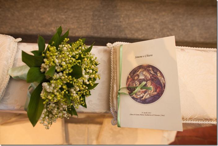 libretto messa, mughetti,allestimento banchetto chiesa, foto libretto messa sposa