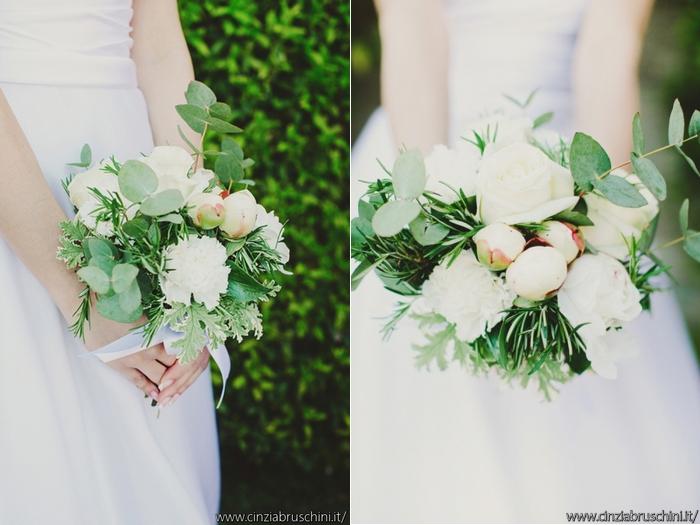palette colori sposa, bouquet bianco e verde,bouquet rose e peonie, bouquet bianco, bouquet rotondo, ispirazioni bouquet, foto bouquet sposa,