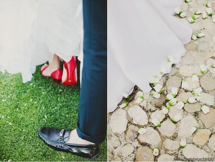 petali di rosa, foto particolari matrimonio, foto reportage matrimonio,