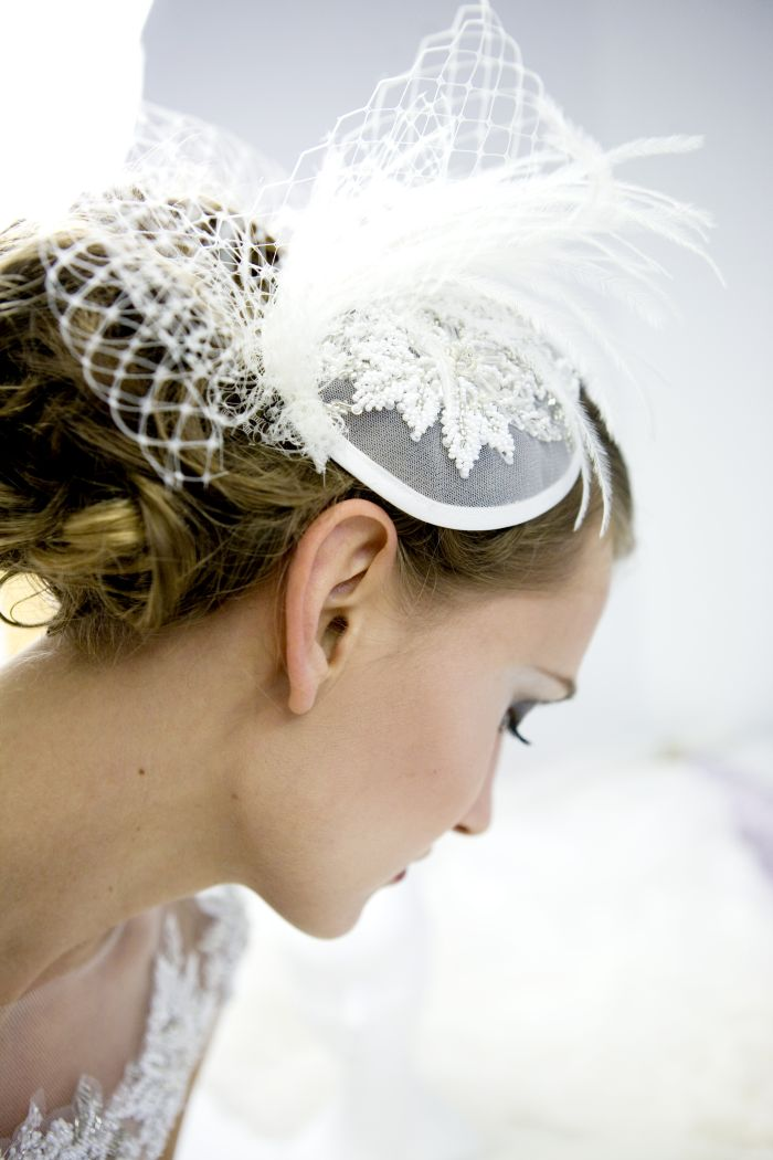 f25a959bb9a0 Fascinator sposa  alternativa al velo - Couture Hayez Milano