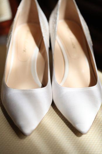 calzature-sposa-decolletè-tessuto-ispirazioni-punta-altreluci-fotografia