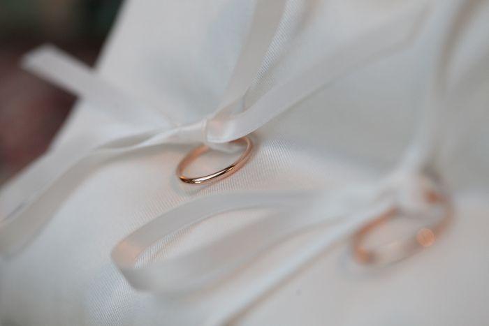 portafedi-anelli-nuziali-cuscinetto-matrimonio-couturehayez-foto-altrelucifotografia