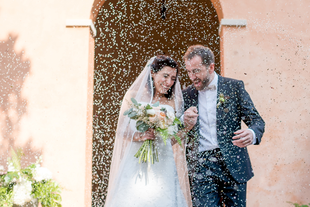 11 lancio-del-riso-sposi