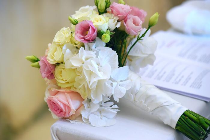 2 bellissimo-bouquet-rotondo-on-gambo-pizzo