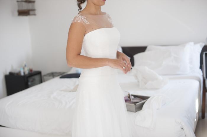 11 abiti-sposa-bianchi-leggeri-con-spalline, abiti sposa tema fiori, abito sposa atelier milano, abito sposa tema bucolico, abiti da sposa con fiori