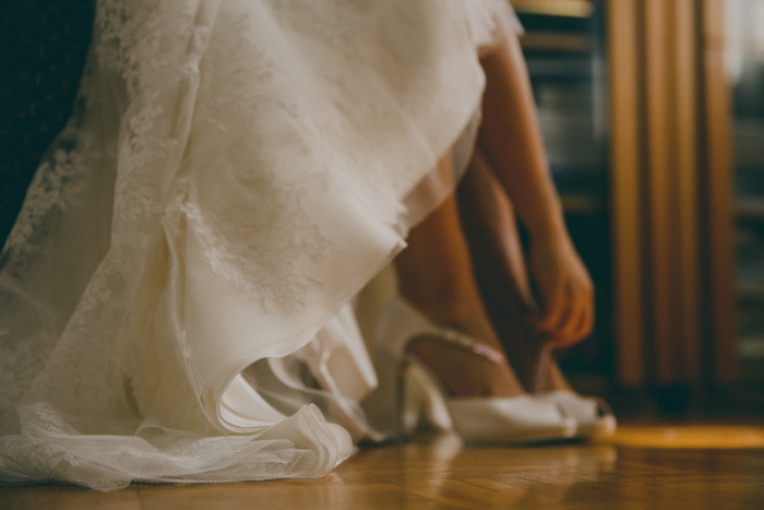 la-sposa-indossa-le-scarpe-blog-sposa-couturehayez
