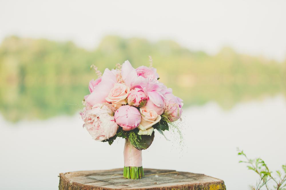 bouquet sposa rosa e pesca