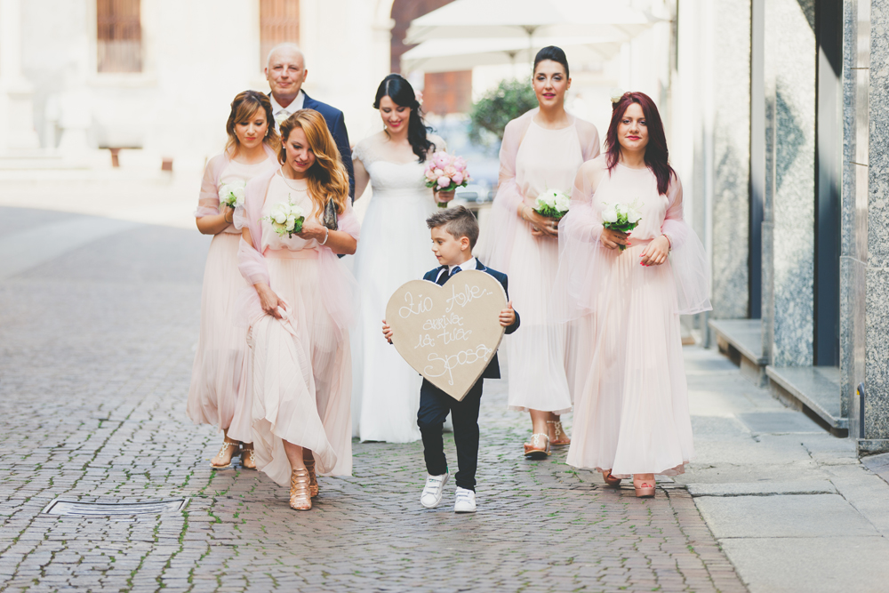 sposa con damigelle, damigelle in rosa, sposa couture hayez
