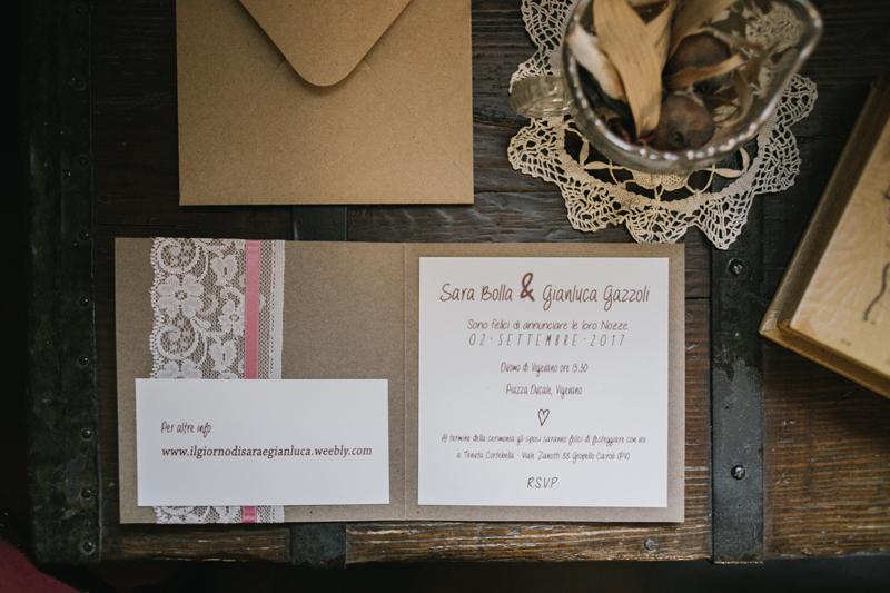 partecipazioni in carta craft, partecipazioni country chic, inviti DIY