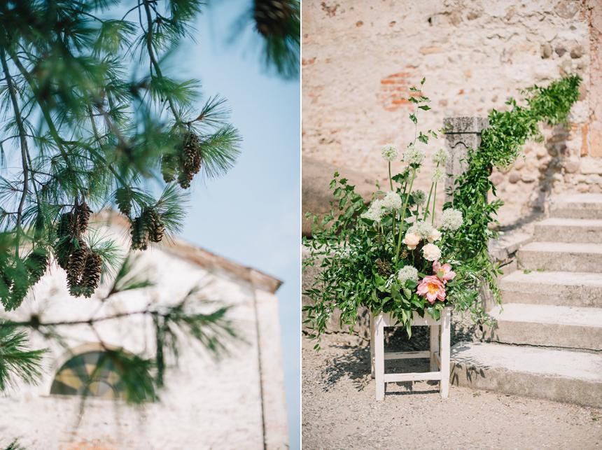 allestimento floreale chiesa, chiesa rustica, nozze green, ispirazioni allestimenti