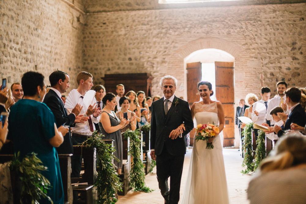 le spose di couturehayez, il padre con la sposa, galleria interno chiesetta