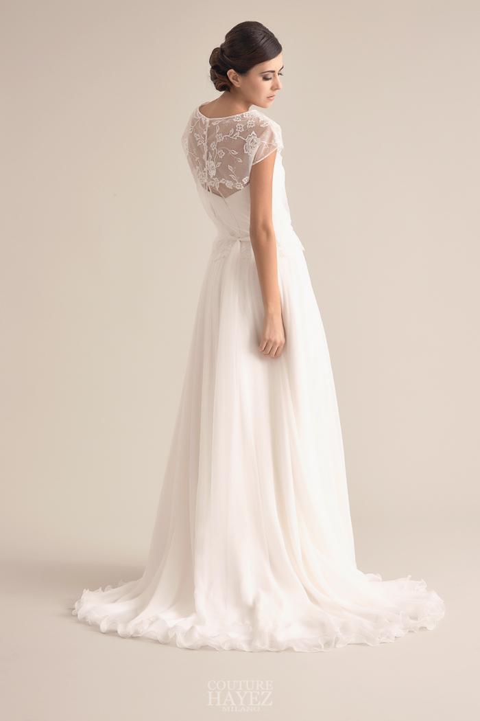 abito sposa coprispalle pizzo, abito sposa delicato, sposa romantica