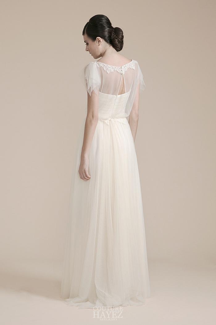abito sposa blusa leggera, abito sposa maniche a punta, sposa raffinata