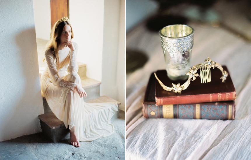 pettinini floreali sposa, coroncina dorata sposa, acconciatura sposa capelli lunghi