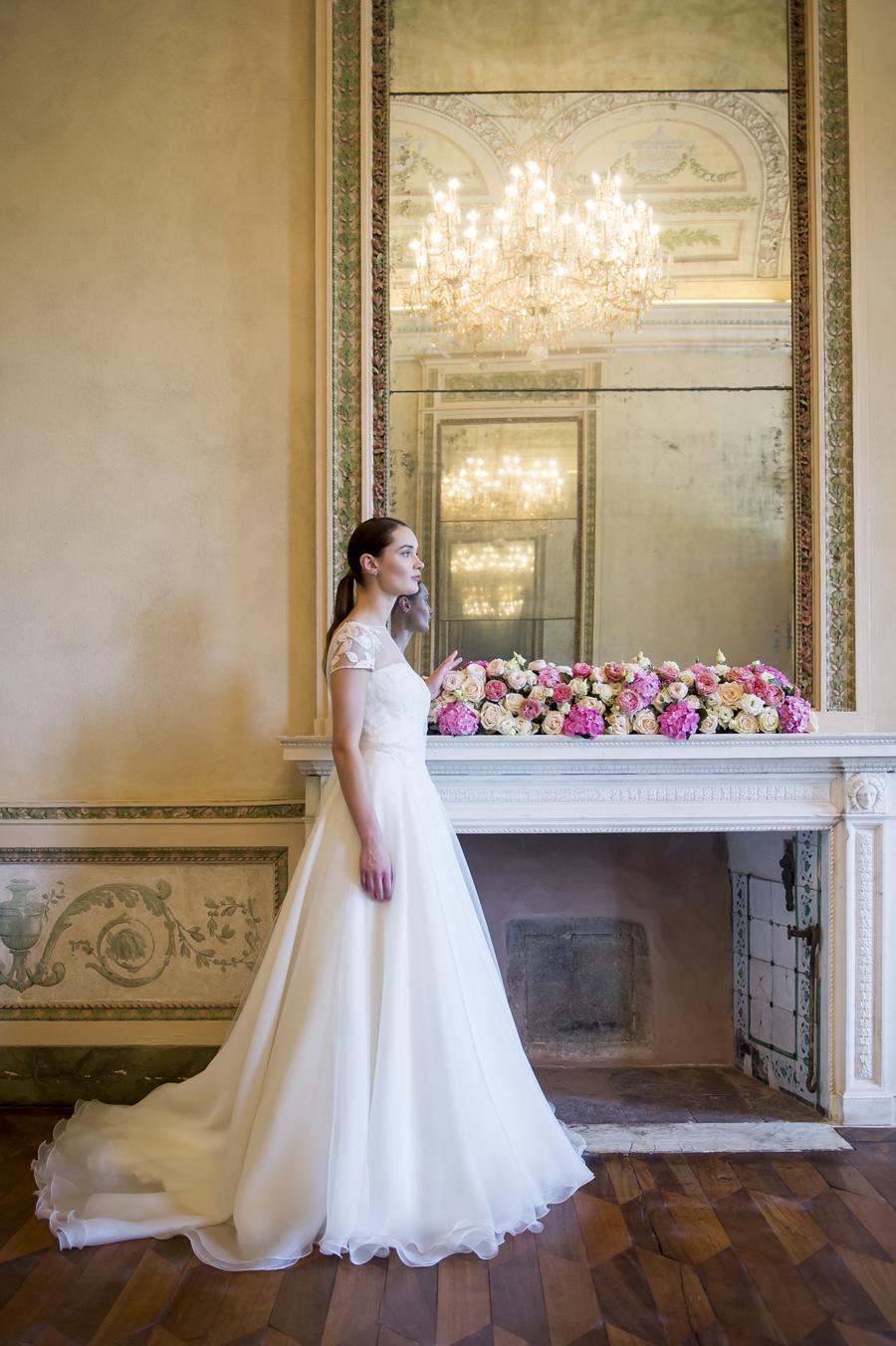 abito da sposa ampio, gonna sposa in organza, corpino in tulle ricamato con pizzo, abito sposa couture hayez 2019