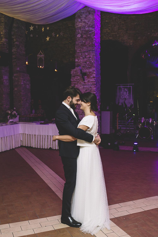 ballo degli sposi, festa sera matrimonio, sposa invernale