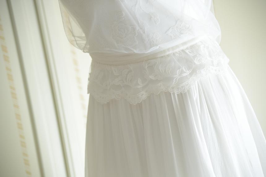 blusa morbida sposa in pizzo con cinturetta in chiffon dettaglio abito