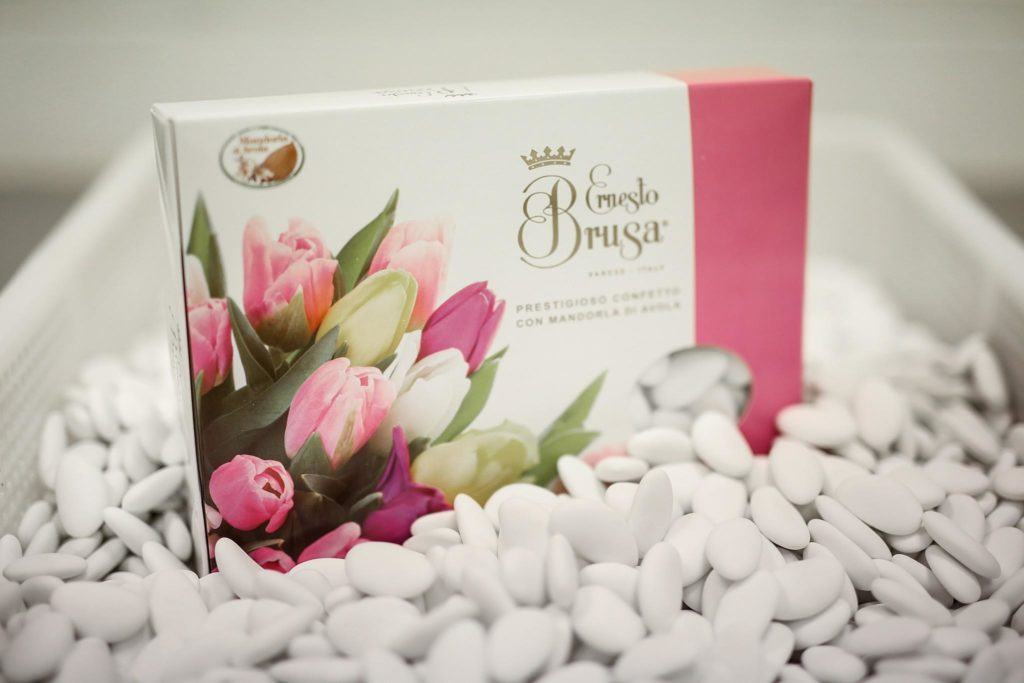 confetti bianchi con mandorla avola ernesto brusa