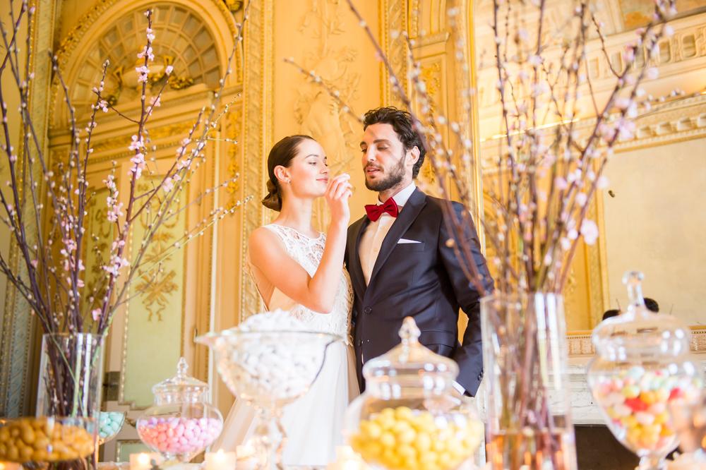 tavolo confettata con sposi