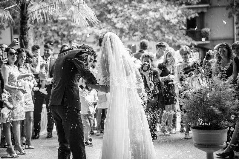 foto michele dell'utri studio, lancio del riso sposi