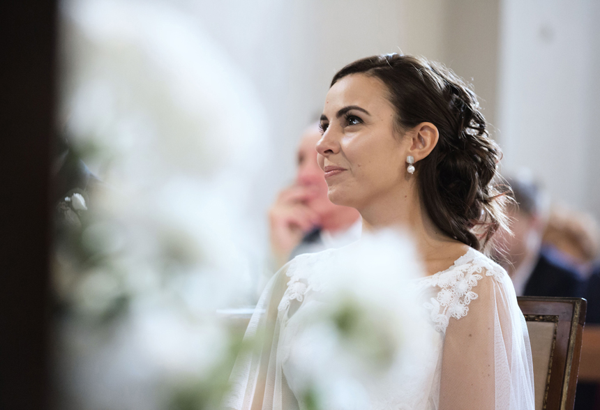 makeup sposa naturale, acconciatura sposa semiraccolta