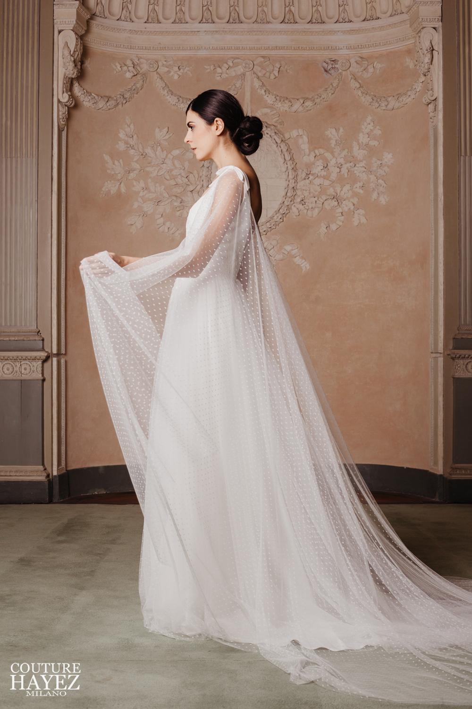abito sposa con mantella, abito sposa in tulle e pizzo, abiti sposa con spalline, sposa 2020
