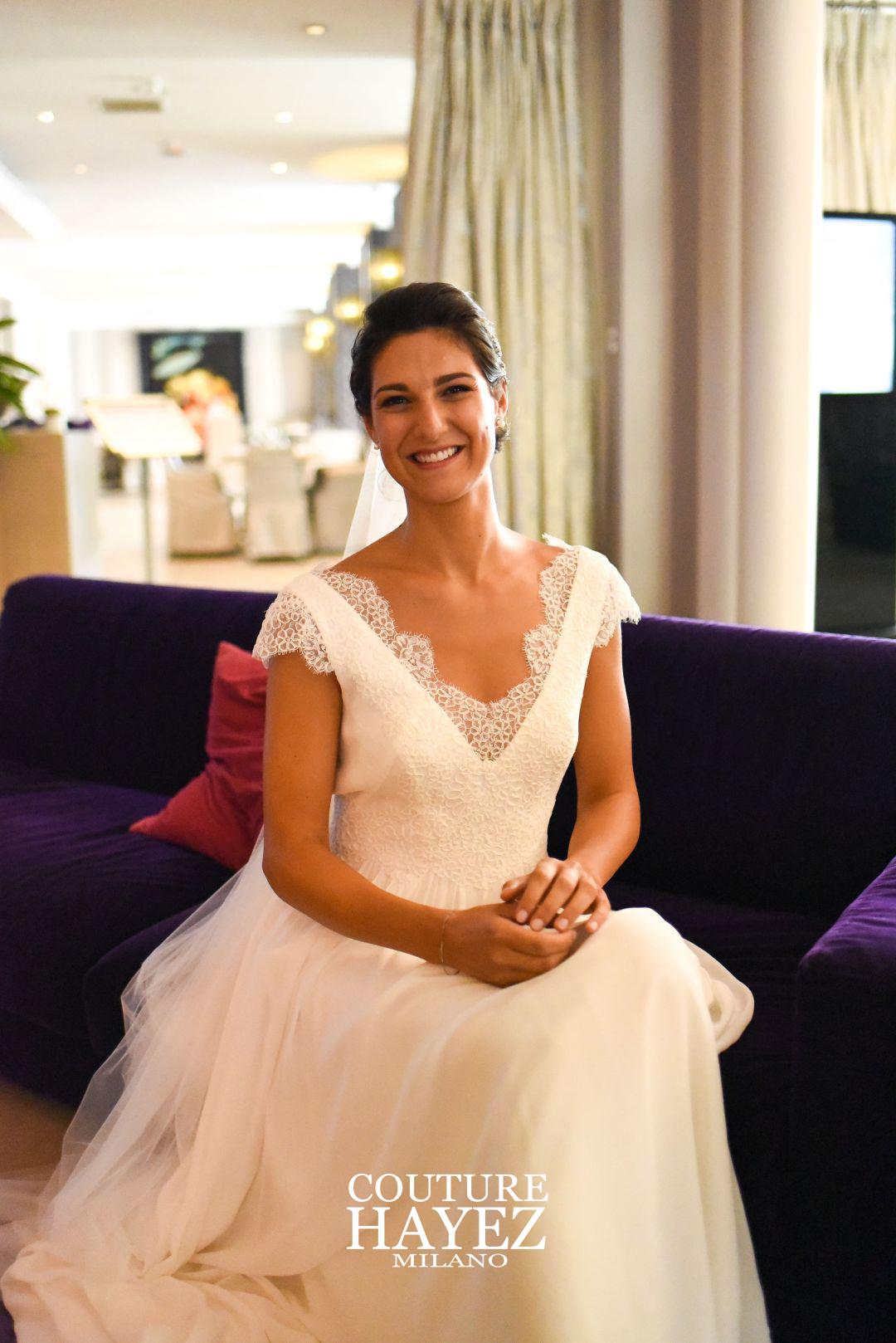 real bride, abiti da sposa semplici e raffinati, sposa made in italy, pizzo rebrodè e georgette di seta