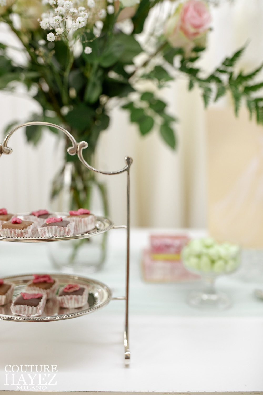 parline con petali di rosa canditi farage cioccolato