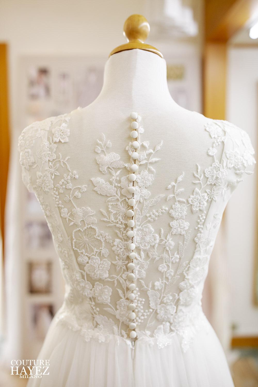 abito da sposa schiena pizzo, abiti da sposa alta sartoria, atelier sposa milano