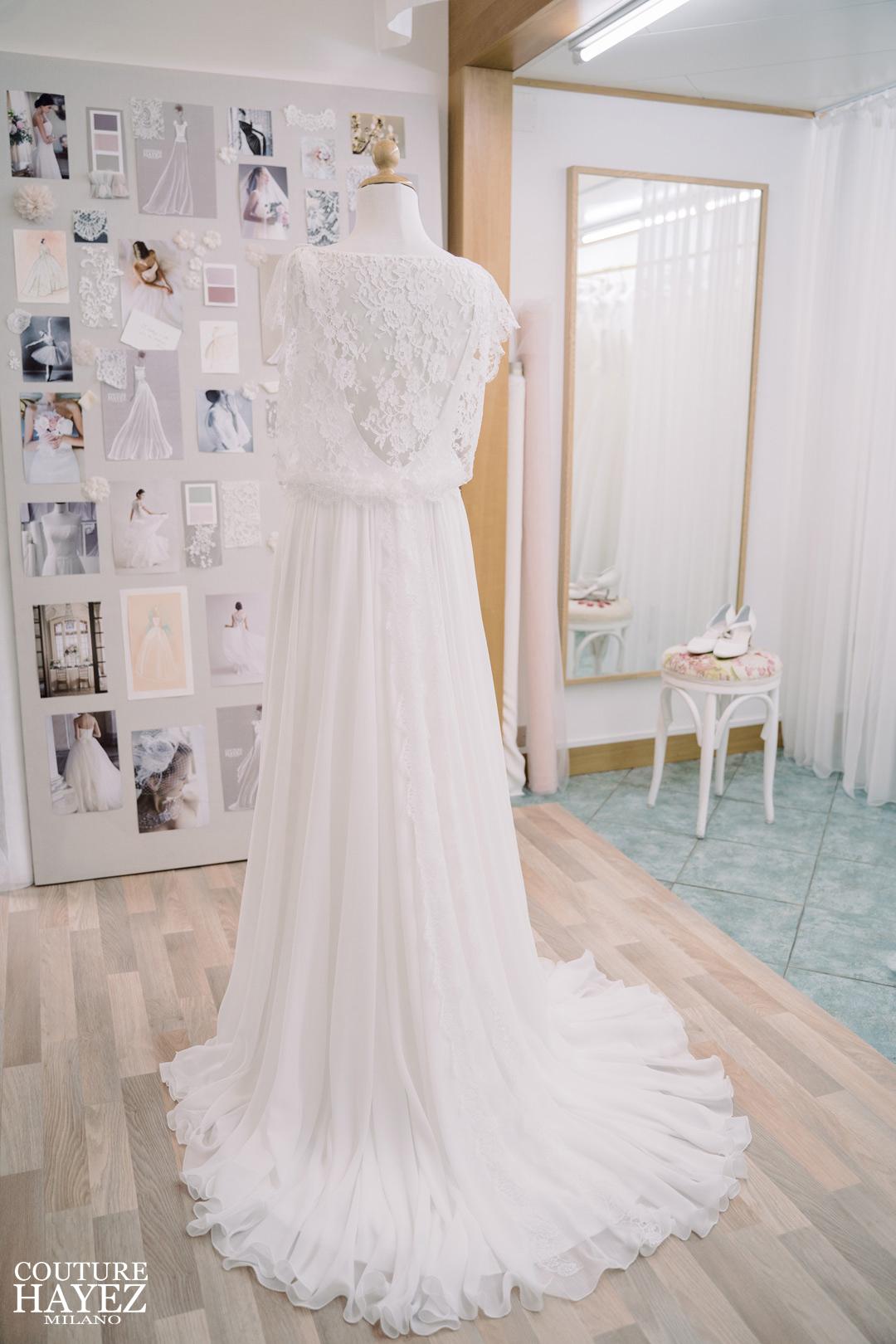 vestito da sposa semplice in pizzo scivolato boho, abiti da sposa eleganti e raffinati
